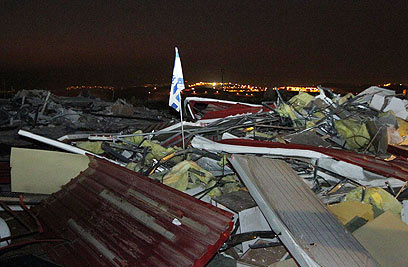 Razing of structures completed in Migron overnight (Photo: Gil Yohanan)