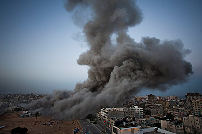 Archive: Israeli Air Force attack in Gaza (Photo: AP)