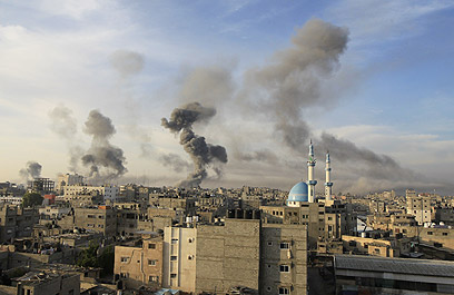 Bombing of Gaza during Pillar of Defense (Archive photo: AFP)
