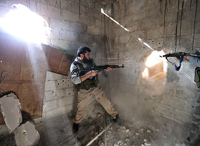 Fighting in Damascus (Photo: Reuters)