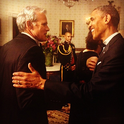 Oren with Obama during his term as the Israeli ambassador in Washington. While Netanyahu struck deals with the Republicans, Oren was ordered to nurture the relationship with the Democrats (archives)