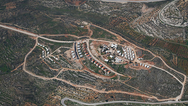 Settlement of Rechelim (Photo courtesy of lowshot.com)