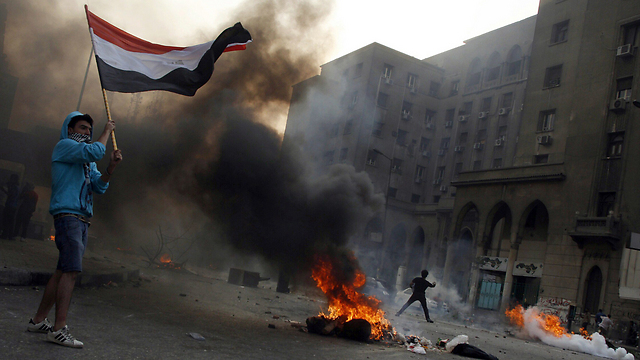 Muslim Brotherhood supporters riot in Cairo (Photo: AFP) (Photo: AFP)