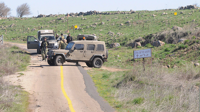 IDF checkpoint (Photo: Avihu Shapira)