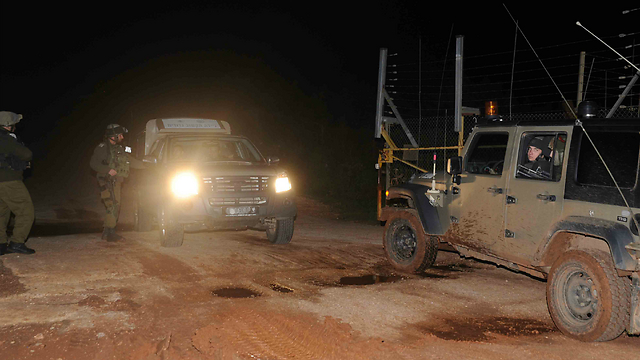 IDF vehicles in the Lebanon border (Photo: Avihu Shapira)