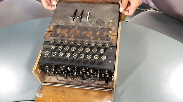 The Enigma machine was converted into Hebrew for use in the IDF. (Photo: Einat Alfasa) (Photo: Einat Alfasa)