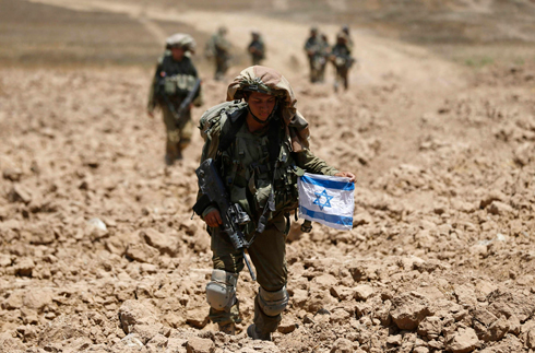 Soldiers in Gaza. (Photo: Reuters) (Photo: Reuters)