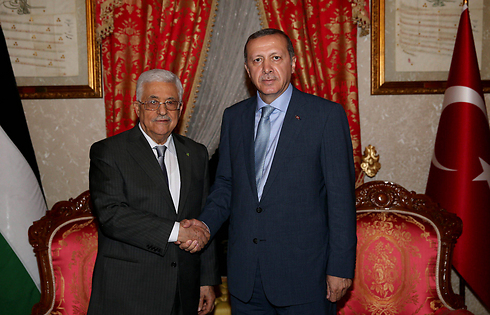 With Turkish President Recep Tayyip Erdogan. Senior Hamas members are taking shelter in Ankara (Photo: EPA)