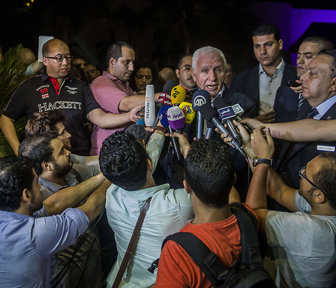 Palestinian delegation to Cairo talks (Photo: AFP)