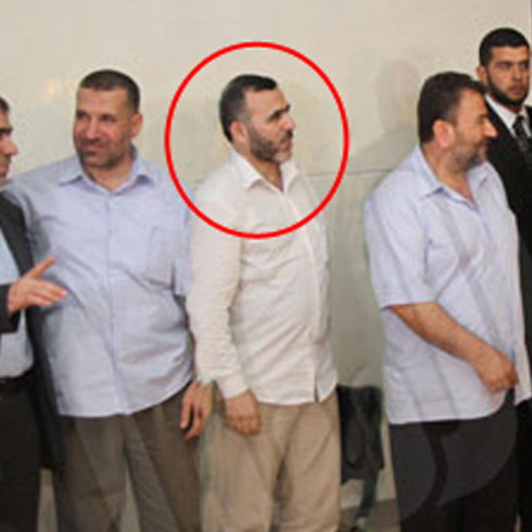 Marwan Issa (circled in red), one of the Hamas negotiators.
