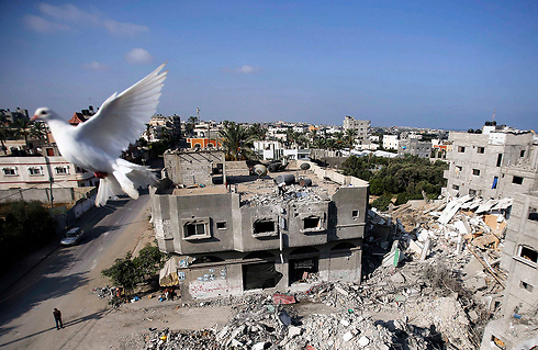 Destruction in Gaza after IAF attack during Protective Edge (Photo: Reuters)