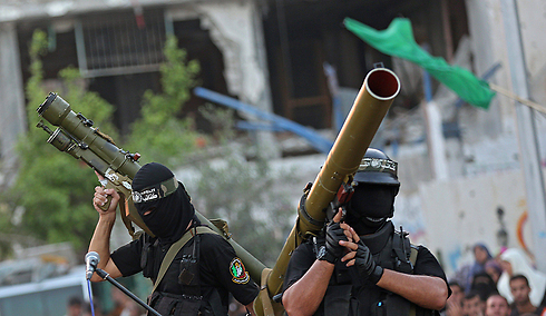 Hamas fighters in military parade in Gaza (Photo: EPA)