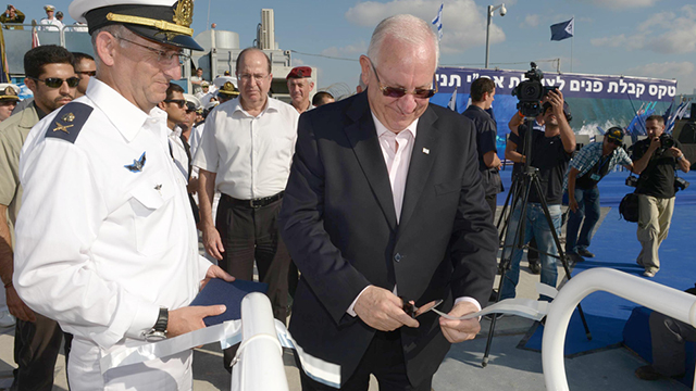 President Rivlin onboard the Tanin, a German-made sub sold to Israel. (Photo: Presidential Residence)