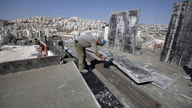 Continud construction in the settlements confounds even many of Israel's suppoters abroad. (Photo: AFP)