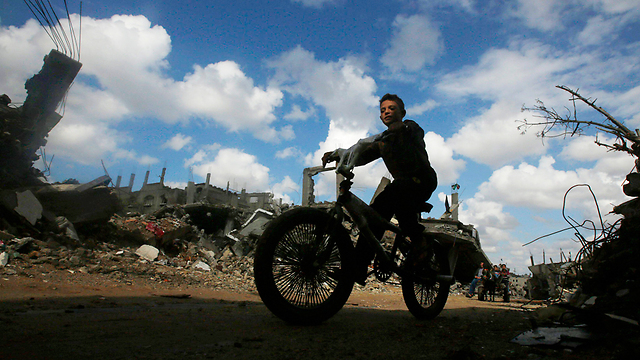 A boy on his bike in Gaza City: 'Gazans want a different future.' (Photo: Reuters) (Photo: Reuters)