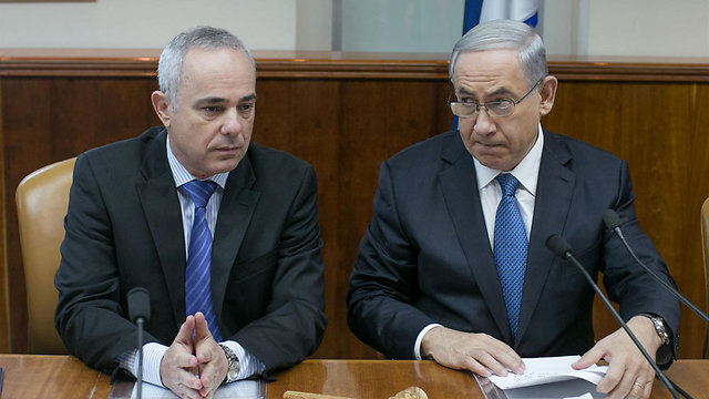 Energy Minister Yuval Steinitz and PM Benjamin Netanyahu (Photo: Ohad Zwigenberg) (Photo: Ohad Zwigenberg)
