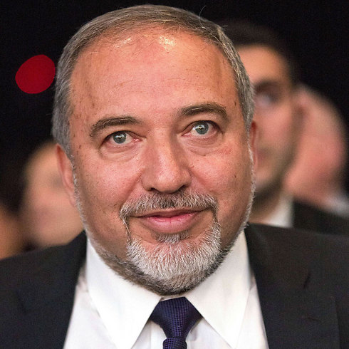 Lieberman calls on French Jews to immigrate to Israel. (Photo: AFP) (Photo: AFP)