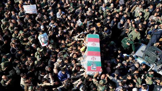The funeral of an Iranian general killed in an Israeli airstrike in Syria (Photo: EPA)