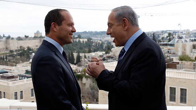 Netanyahu made public promise to Barkat not to appoint Jerusalem affairs minister (Photo: Reuters)