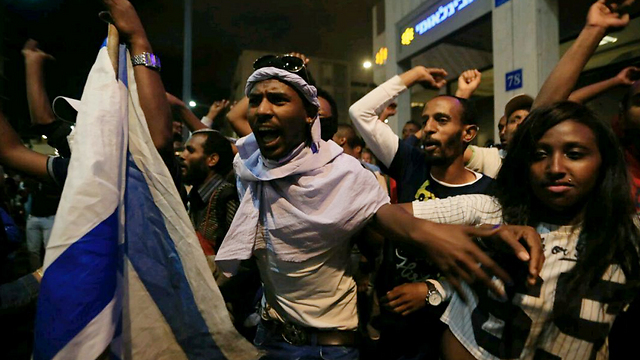 Rabin Square protest. The Israeli political and media culture illustrates that violence is the only way to make a difference (Photo: Yaron Brener)