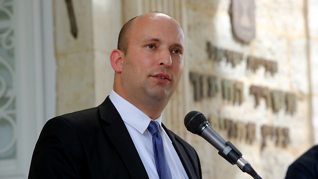 Naftali Bennet urges Israelis to not punish Partner (Photo: Sasson Tiram)