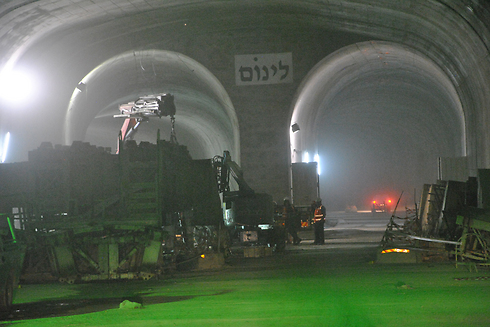 The high-speed railway will include 22 kilometers of tracks inside tunnels. (Photo: Ofer Meir)