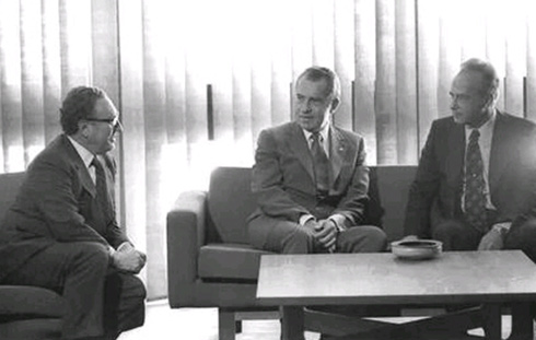 Kissinger, Richard Nixon, and Yitzhak Rabin (Photo: Yaakov Sa'ar/GPO)