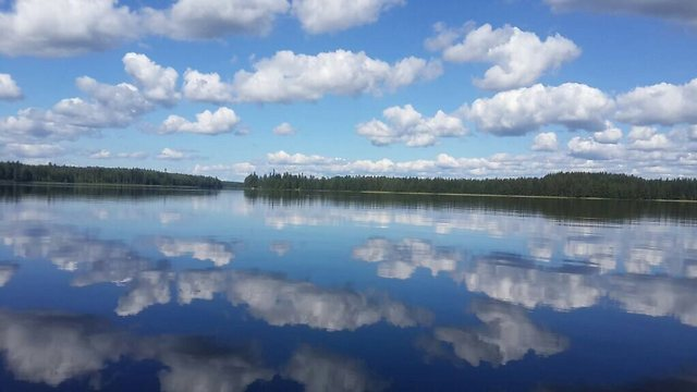 Clouds reflecting in the crystal clear lake (Photo: Ofer Petersburg)
