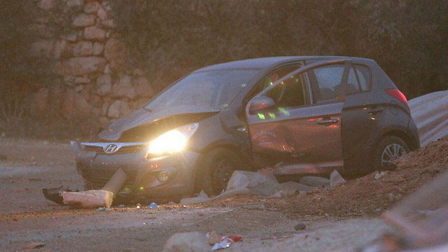 Car used in Wednesday's attack (Photo: Hillel Meir)
