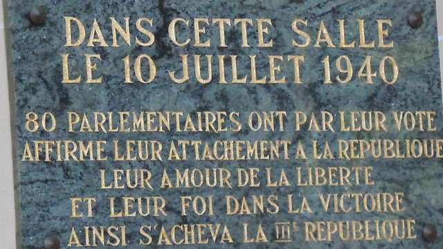 Plaque in Vichy, France commemorating 80 parliamentarians who voted against dissolving th Third Republic and forming the Vichy regime (Photo: Gilad Halpern)