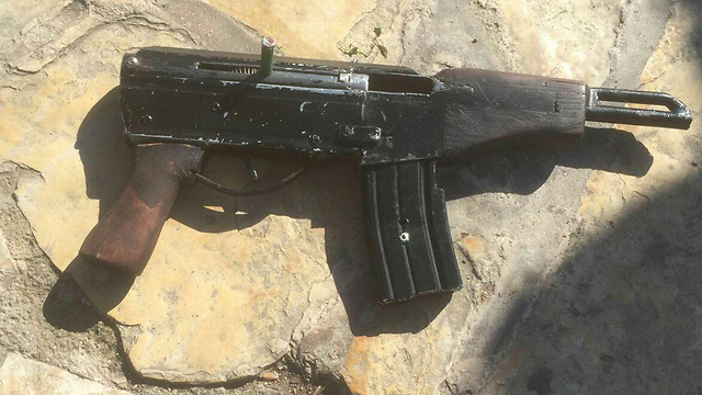 This time they were prepared. One of the weapons carried by the terrorists at the Damascus Gate. (Photo: Israel Police)