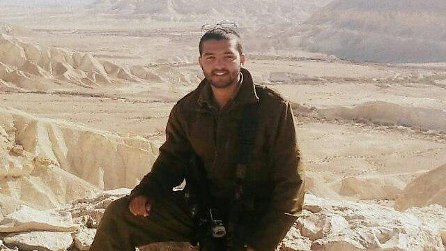 Tuvia Yanai Weissman. Stormed at the terrorists with empty hands.