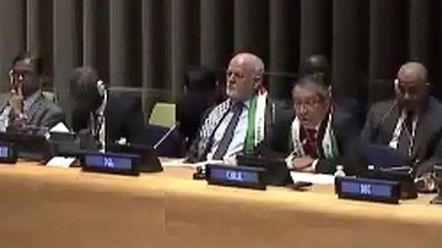 UNGA President Peter Thompson with a Palestinian scarf