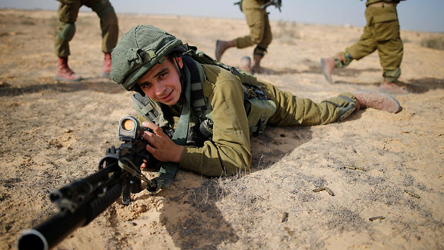 Sgt. Yusef Salutta training in the IDF (Photo: Reuters)