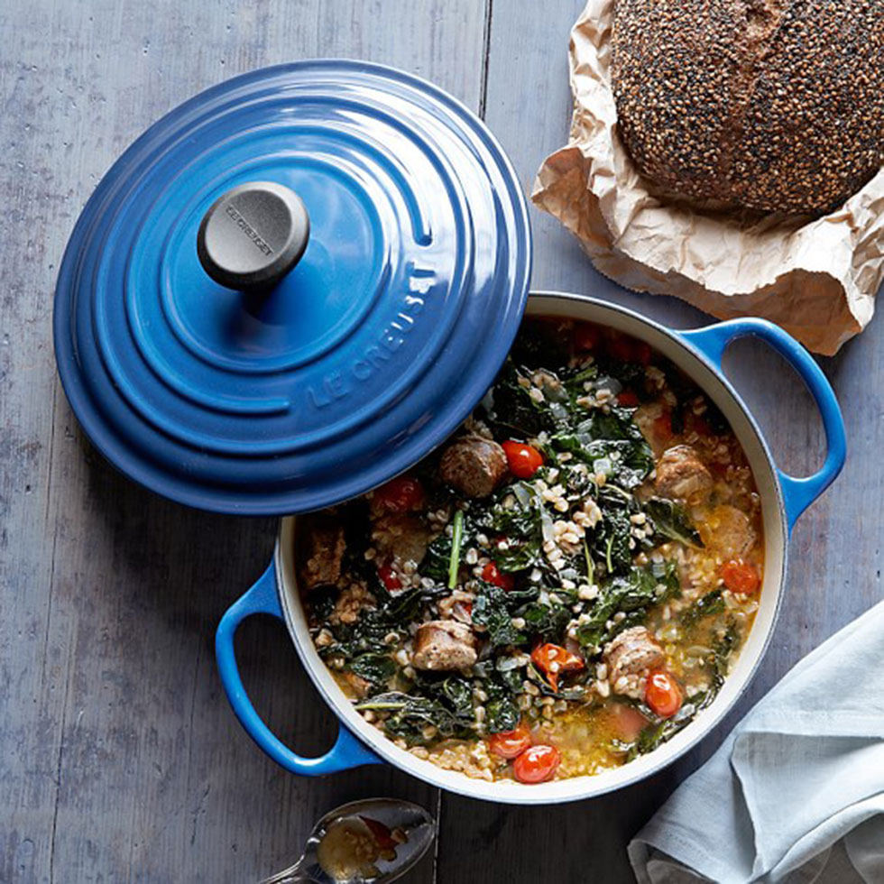 Le Creuset round dutch oven for home-made delicious mealsImage via Williams Sonoma ()