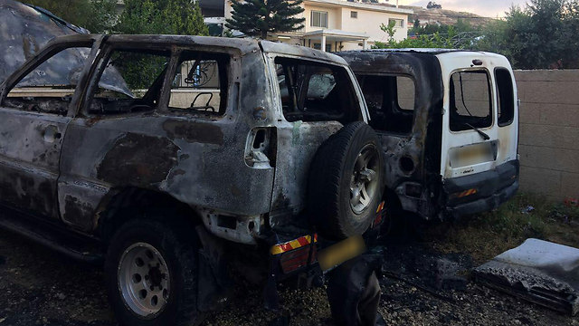 The burnt cars (Photo: Hassan Shaalan)