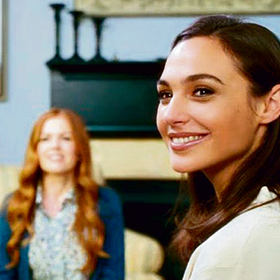 As Natalie in 'Keeping Up with the Joneses' (2016)