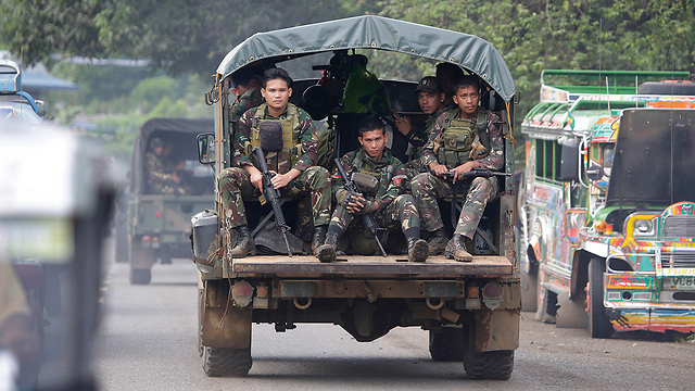 The battle to free Marawi City from ISIS jihadists (Photo: AP)
