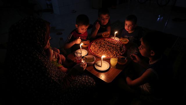 Electricity shortages in Gaza (Photo: AFP)  (Photo: AFP)