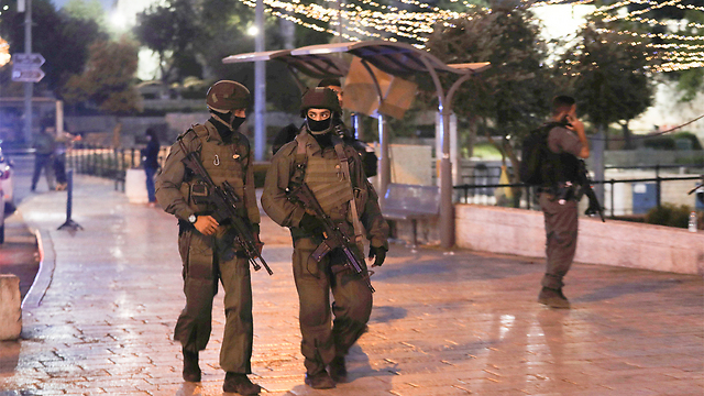 Site of the combined attack at Damascus Gate (Photo: Reuters)
