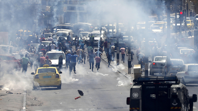 Riots in Jerusalem following placement of metal detectors at the Temple Mount in July (Photo: EPA)