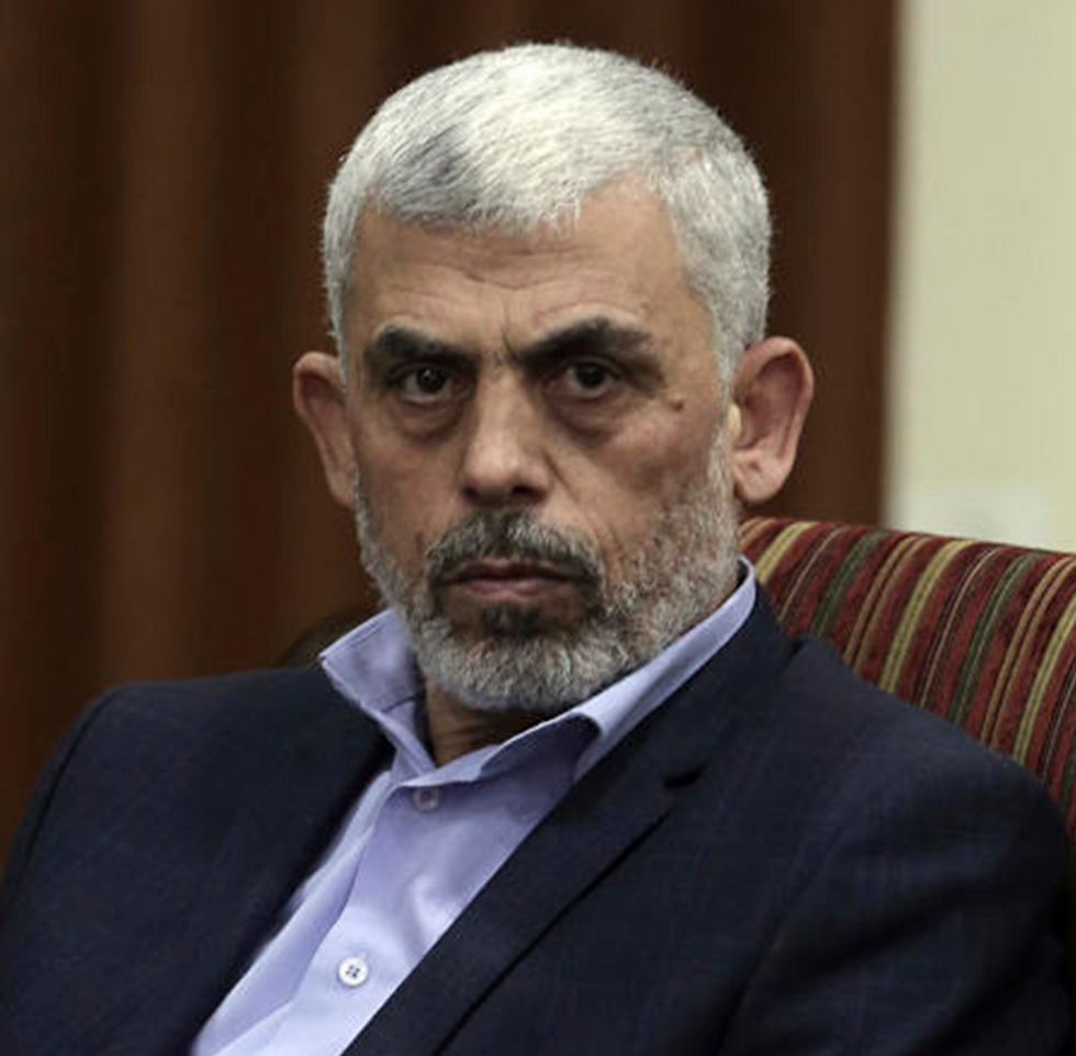 Hamas leader in Gaza, Yahya Sanwar. There's no way he'll touch the 40,000 members of Hamas' military wing and the Islamic Jihad gunmen  (צילום: AP)