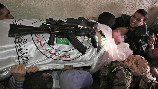 Funeral for one of the Islamic Jihad terrorists killed in the tunnel collapse (Photo: AFP)