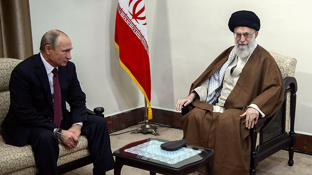 Ayatollah Ali Khamenei with Russian President Vladimir Putin. The Iranians want to maintain their influence even if their forces are driven away from the region  (Photo: EPA)