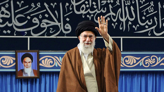 Ayatollah Khamenei said Palestine will be 'freed', Palestinian people will be victorious in response to Trump's speech (Photo: Reuters)