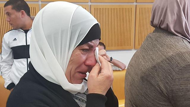 Khalil Nimri's mother in court (Photo: Haim Horenstein)