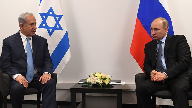 Netanyahu (R) and Putin in Moscow in late January. Russia is the only one that may gain from a war in the Middle East (Photo: Kobi Gideon/GPO)