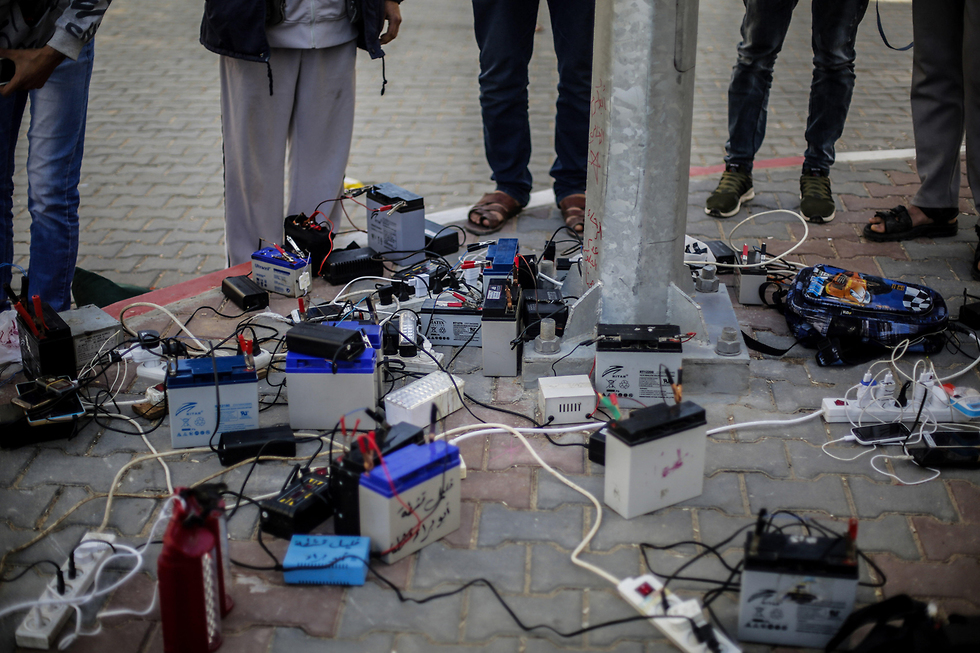 Electricity crisis in Gaza. 'Free Israel from its responsibility'  (Photo: MCT)