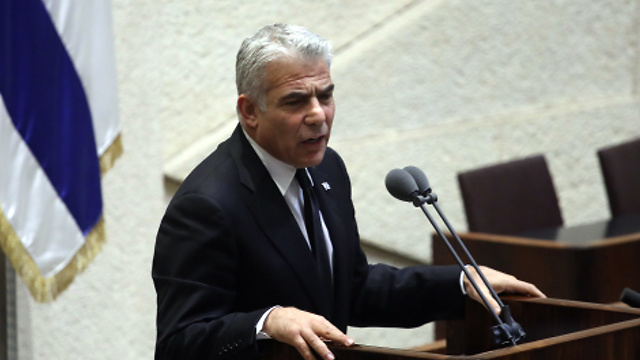 Lapid. Will his involvement and the attacks on him affect his popularity?    (Photo: Ohad Zwigenberg)