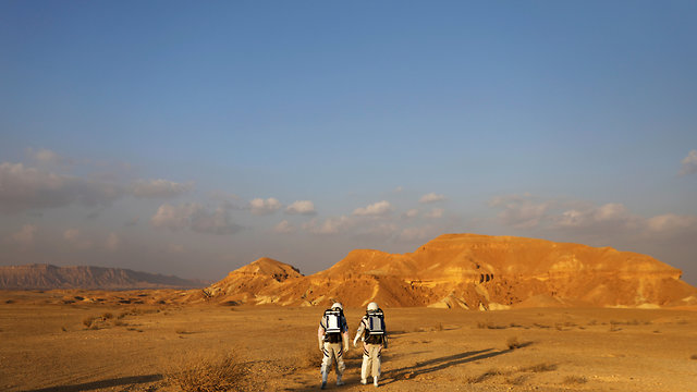 Researchers in Mitzpe Ramon participated in a project simulating Mars (Photo: Reuters)